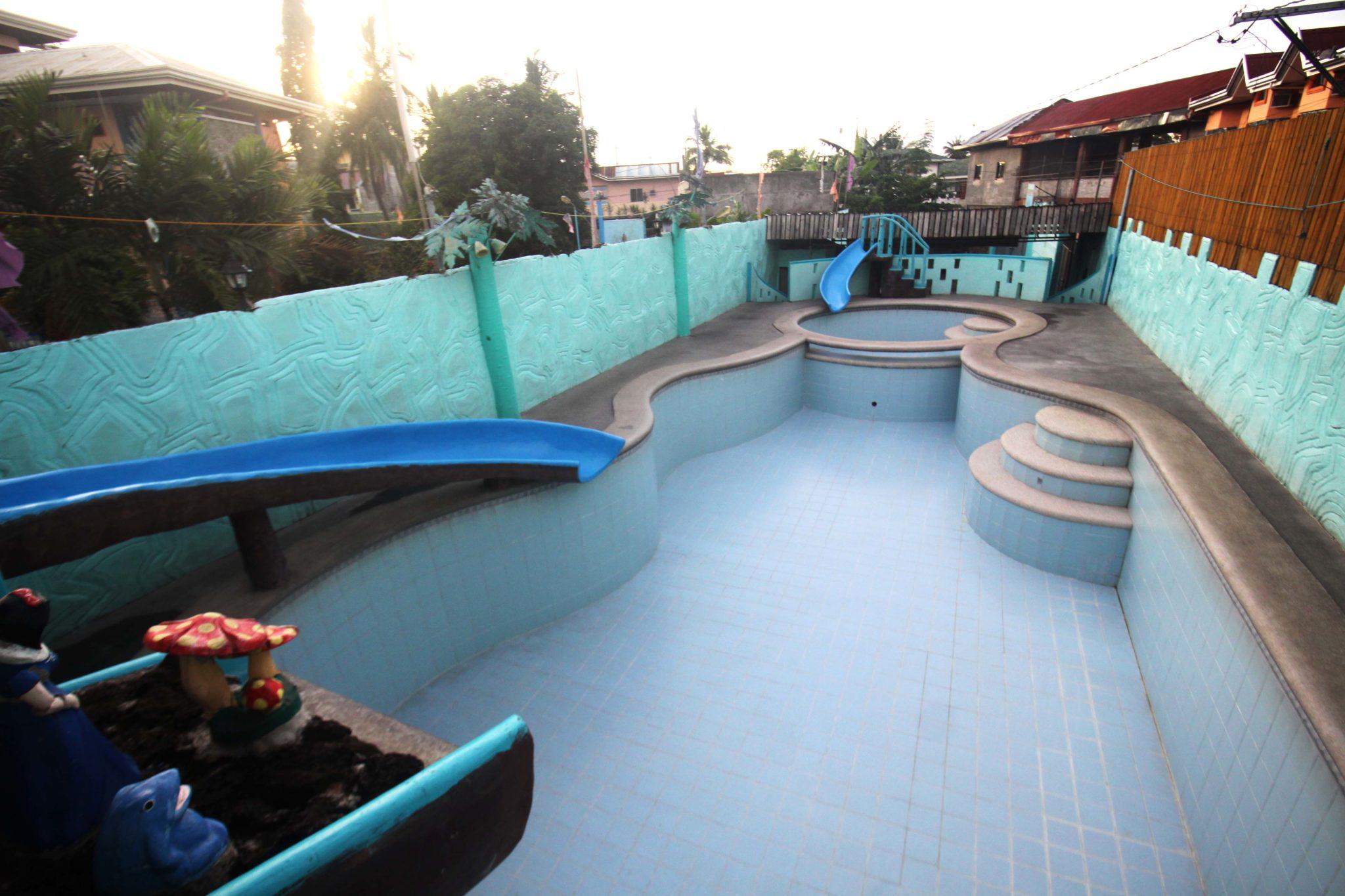 Villa amanda 2 resort affordable private resort in pansol for Affordable private pools in laguna